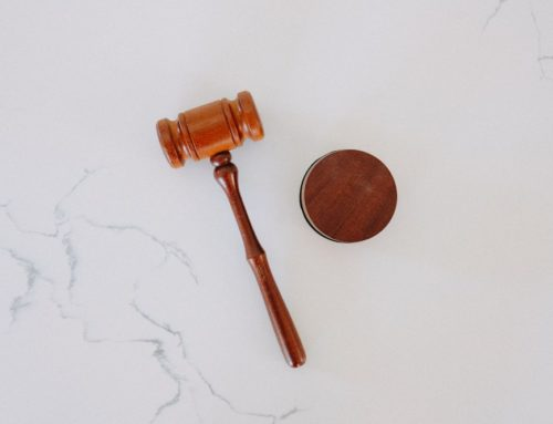 Anlita en jurist innan problemen uppstår